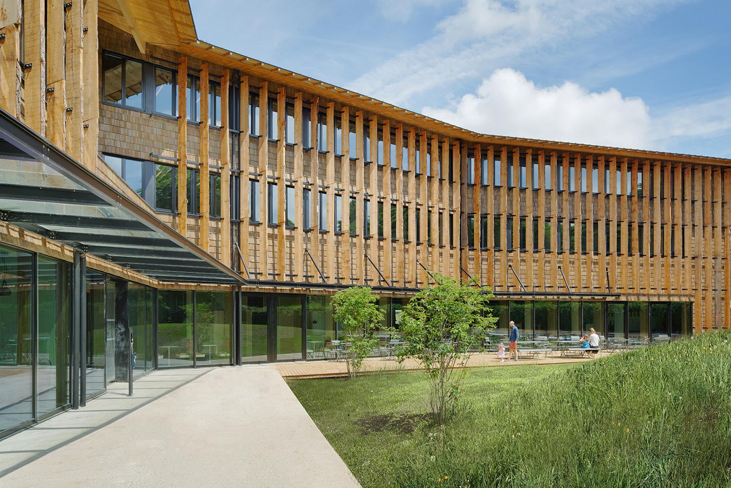 bois lamellé construction bois immeuble bureaux bâtiment basse consommation immeuble de bureaux tertiaire