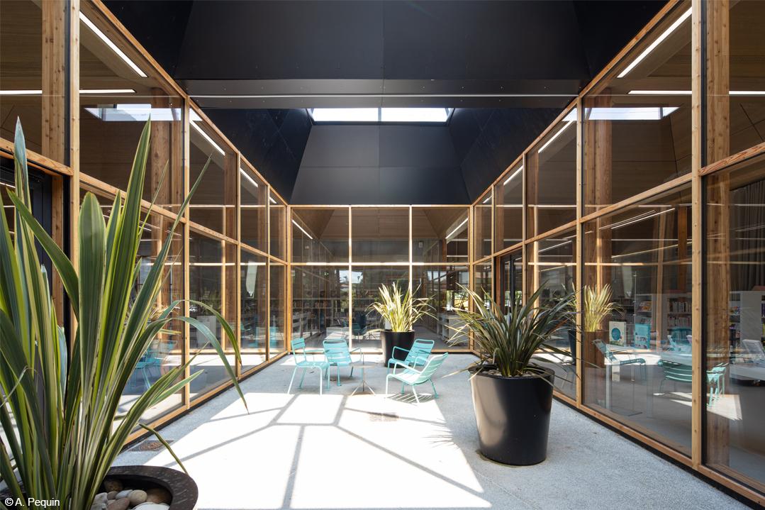 bois lamellé bibliothèque Veilletet Bordeaux structure bois béton
