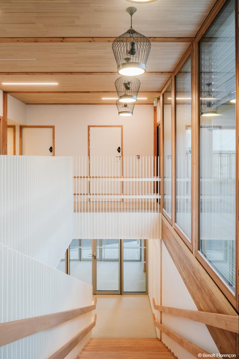 crèche en bois lamellé construction bois paris équipement des villes prix régional de la construction Ile de France
