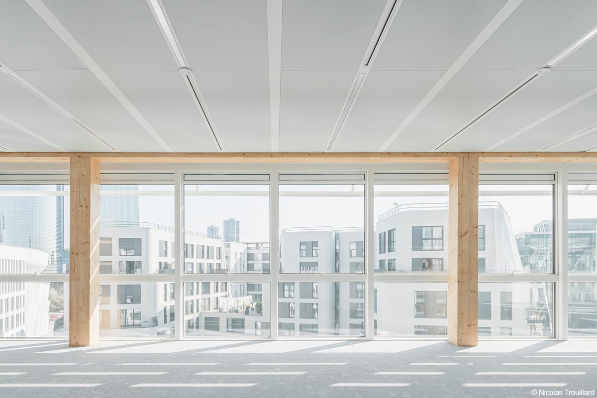 Origine immeuble de bureaux à Nanterre en bois lamellé et béton