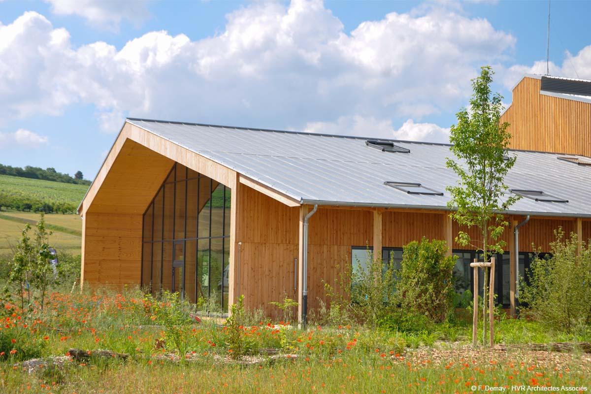 usine en bois lamellé collé certifiée cradle to cradle construction bois