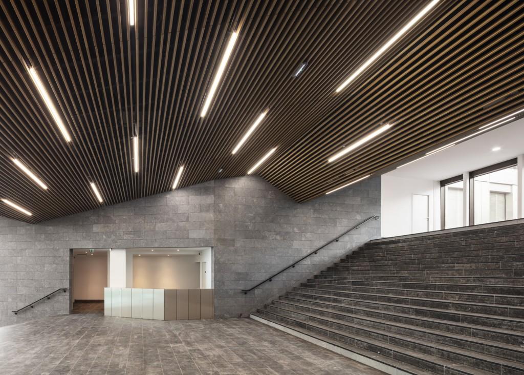 Baumschlager Eberle Architekten and SCAPE - Green Office® ENJOY - PH 117 - photo by Luc Boegly